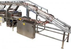 Автоматическая машина для намазывания вафельного крема