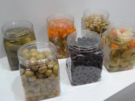 Оливы и другие консервированные продукты